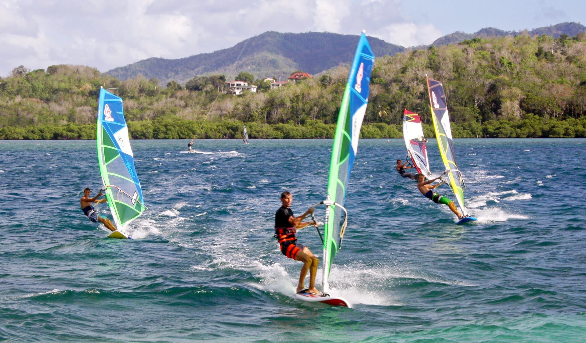 Débuter ouprogresser en windsurf en Martinique